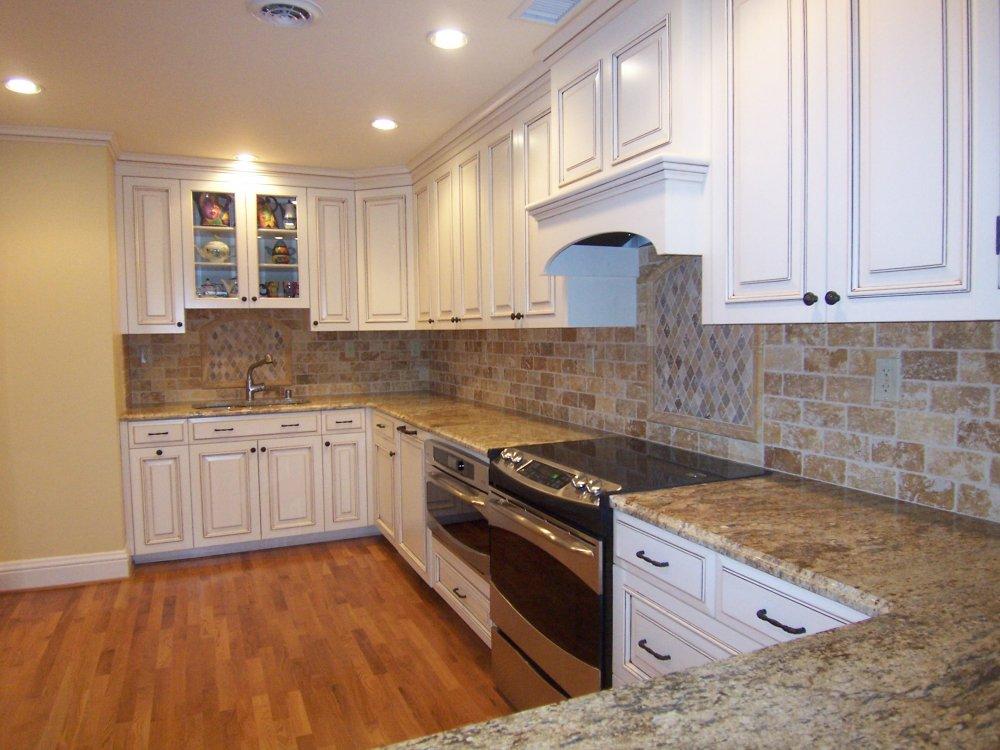 Condo Kitchen. Condo Kitchen   Alexander Construction Services